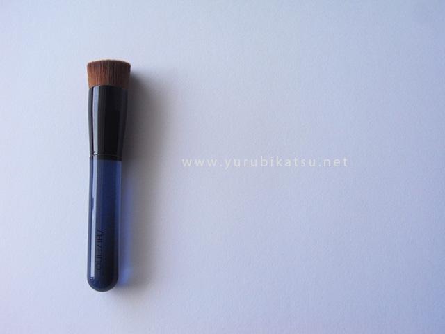 yurubi_foundation_brush1